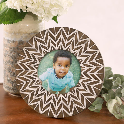 Zimlay Round White And Natural Carved Wood Picture Frame 42984