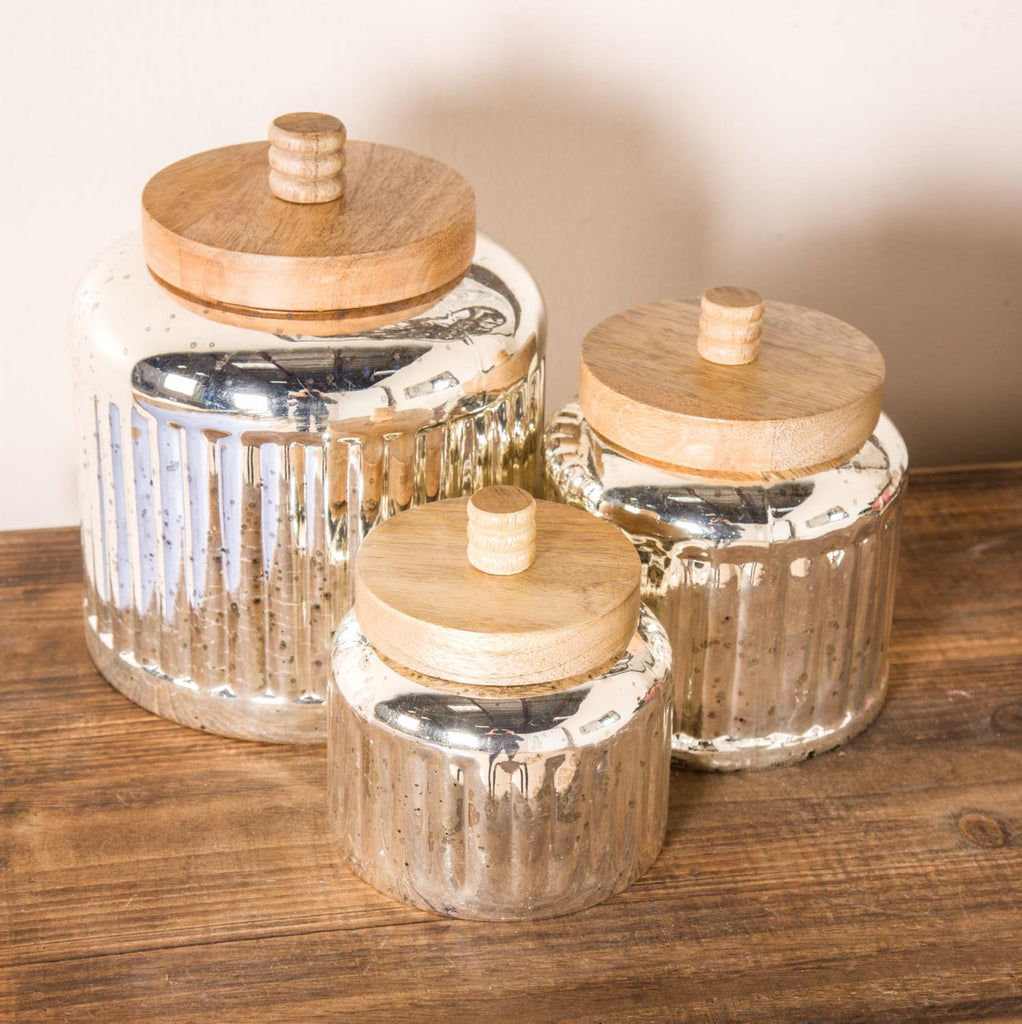 Zimlay Rustic Antique Silver Glassset Of 3 Jars With Wooden Lids 94980