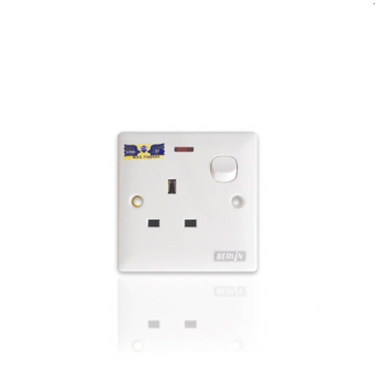LEMAX 13AMP Switch Socket With Neon SS813N
