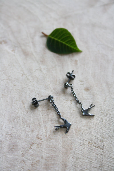 Swallow drop earrings - Oxidised