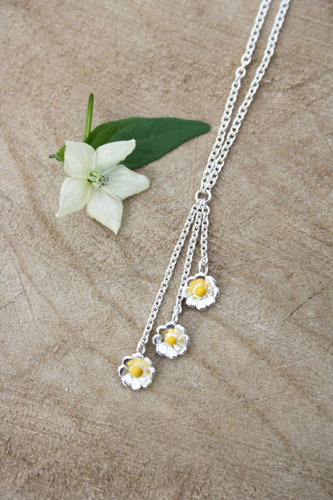 Daisy Drop Necklace