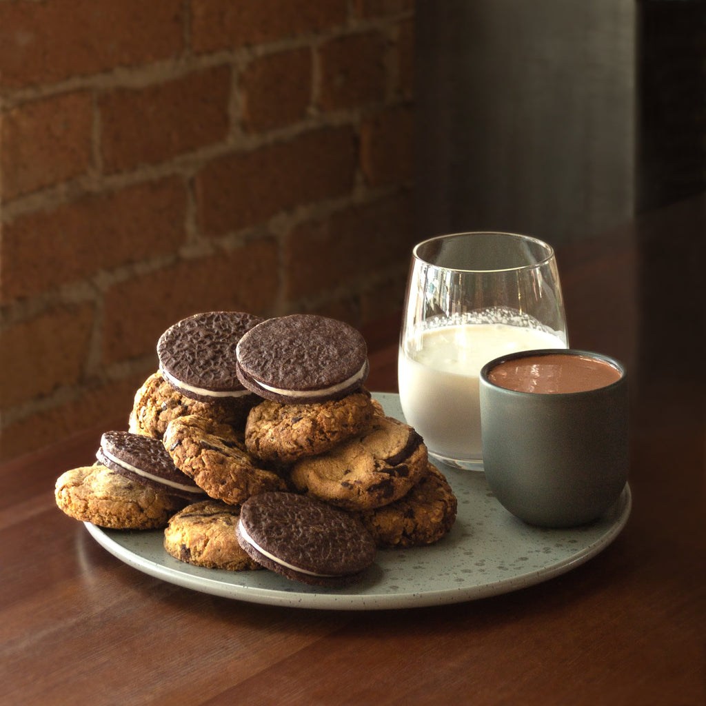 Dandelion Chocolate Pastry Milk & Cookies