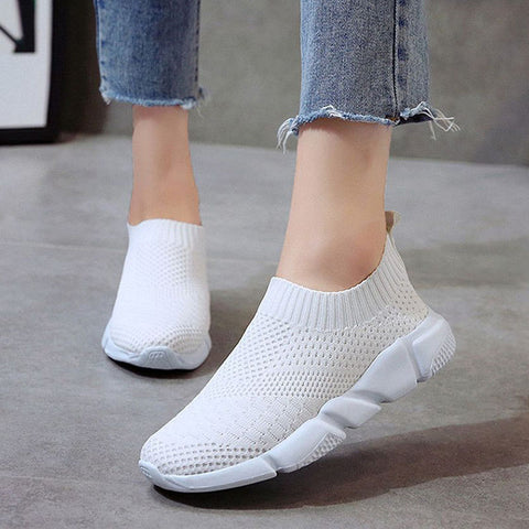 Women Shoes 2019 New Flyknit Sneakers Women Breathable Slip On Flat Shoes Soft Bottom White Sneakers