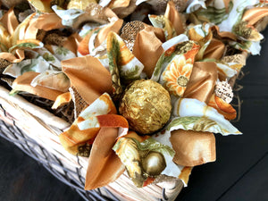 Golden Autumn- box of 12 flowers