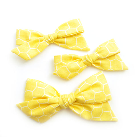 Honeycomb Yellow Evy Bow, Newborn Hairbow