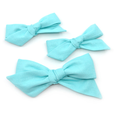 Robin's Egg Blue Evy Bow, Infant Hairbow