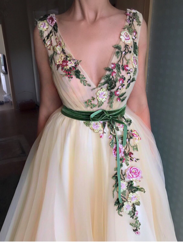 Honey Flower TMD Gown