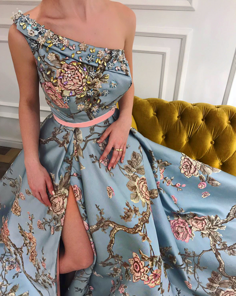 Aqua Queen TMD Gown