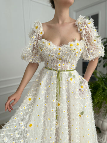 Medow of Daisies Dress - Teuta Matoshi