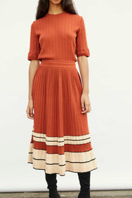 Molli  Pleated Cotton/Paper Skirt in Cayenne