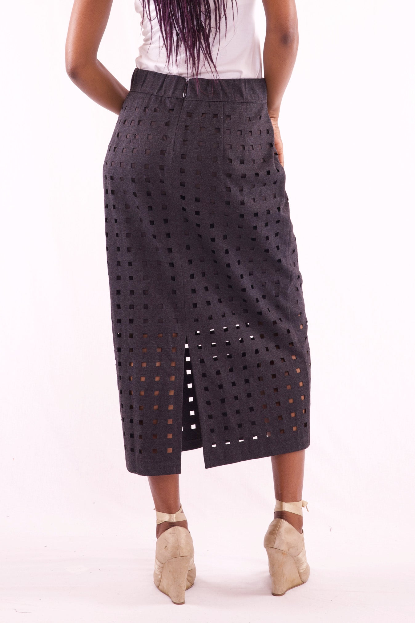 Midi Black Skirt - Hillmarten