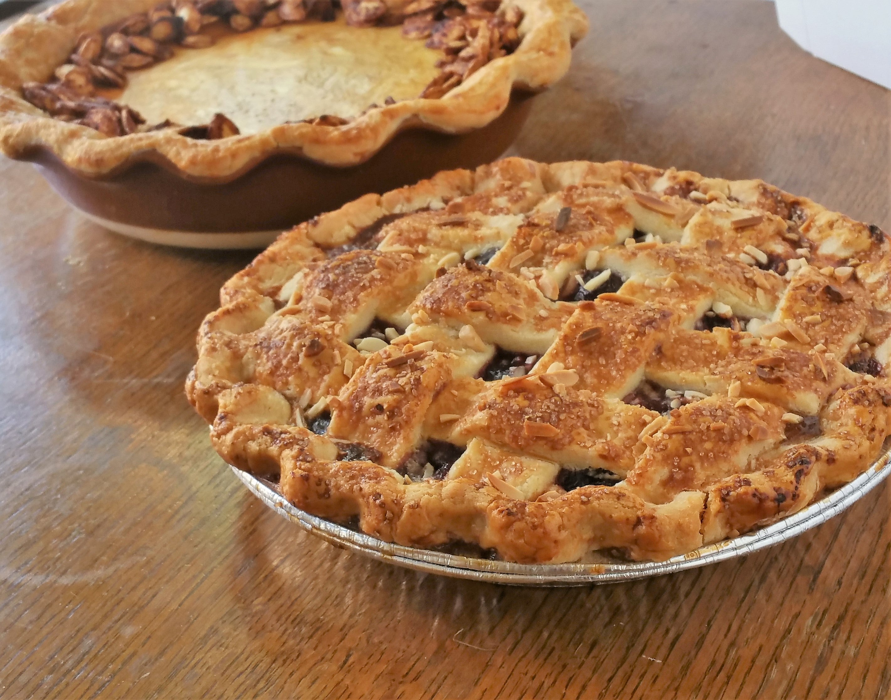 Cherry Almond Vanilla Pie