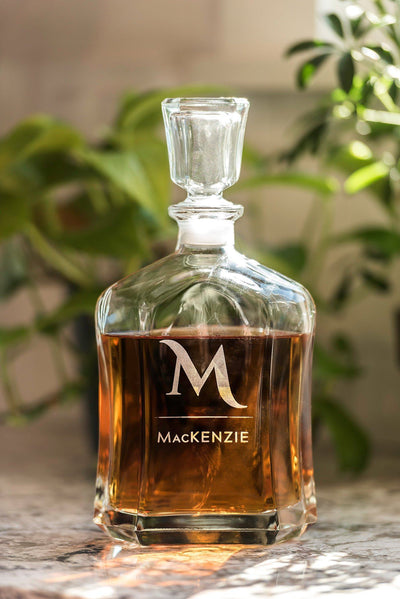 Monogrammed Whiskey Decanter, Personalized Wedding Gift, Boyfriend Gift, Husband Gift, Bar Cart, Gift for Him, Groomsmen Gifts Best Man Gift
