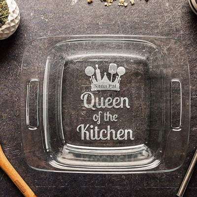 Engraved Casserole Dish, Personalized Baking Dish with Lid, 3rd anniversary Gift for Cook, Wedding Shower Gift for Her, Pot Luck Baking Pan