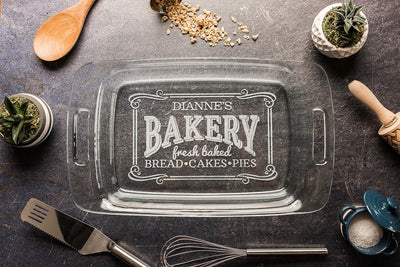 Personalized Baking Dish with Lid, Engraved Casserole Dish, Wedding Shower Gift for Her, 3rd anniversary Gift for Cook, Bakery Logo
