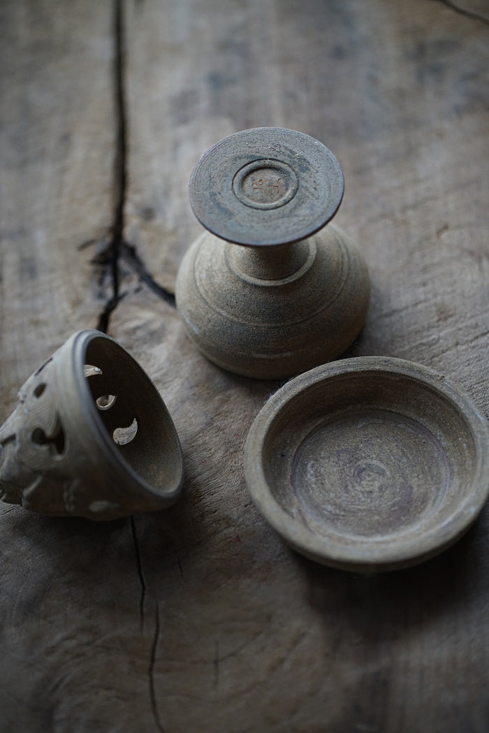 """Boshan"" Mountain Ceramic Incense Burner"