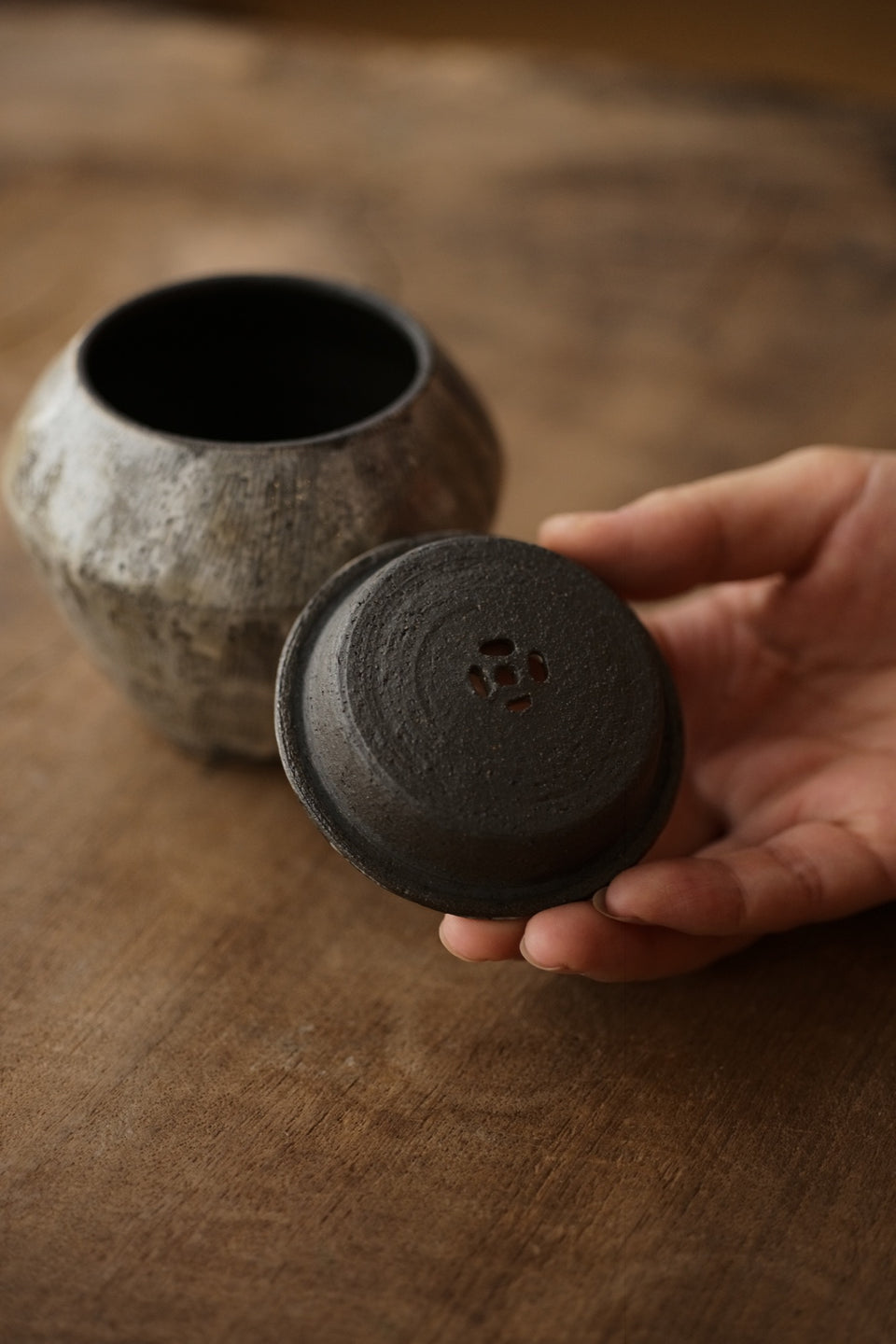 Brushed Glaze Coin-Shaped Jianshui Wash Bowl