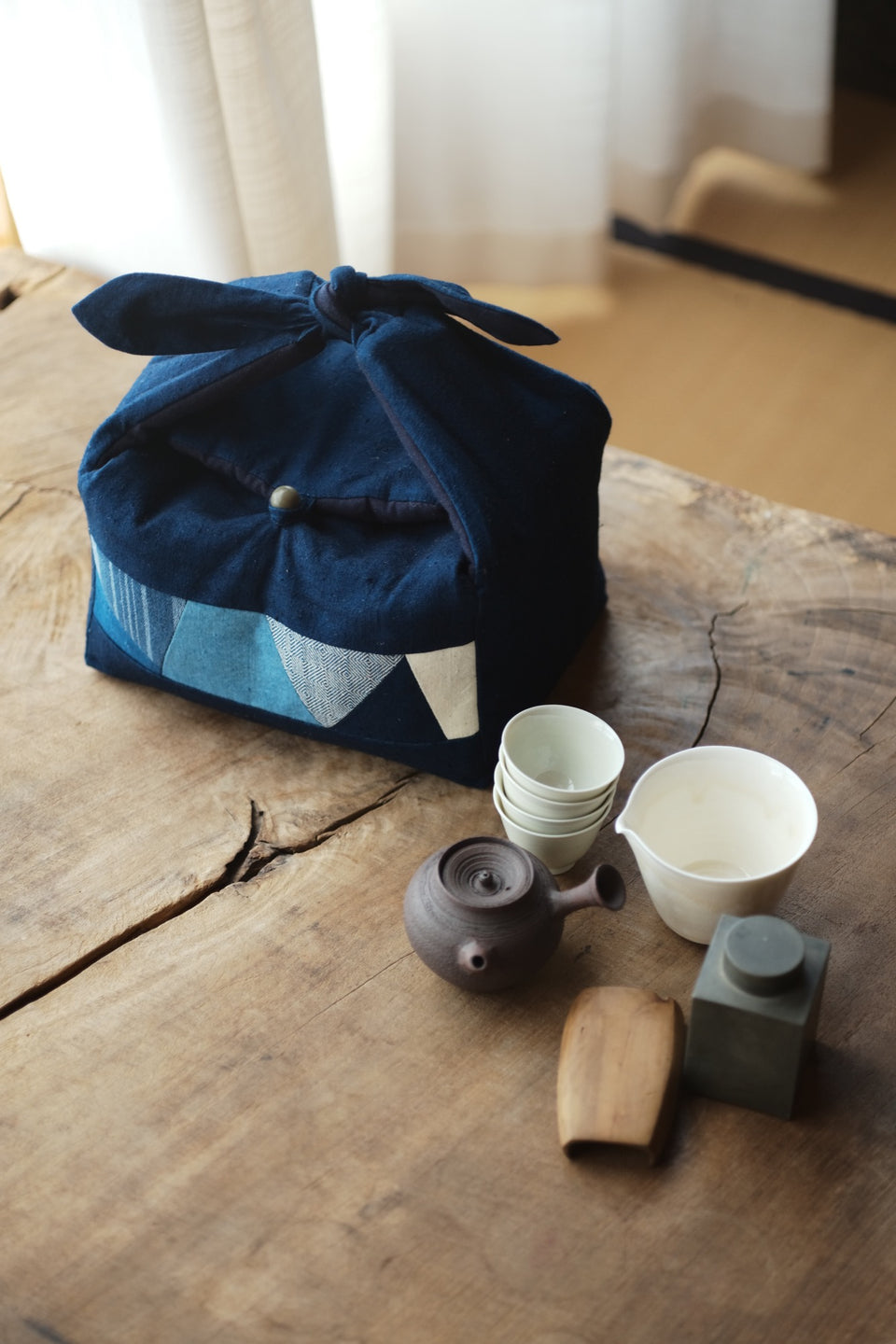 Large Hand-Woven Patchwork Travel Bag for Teapots and Teacup Set