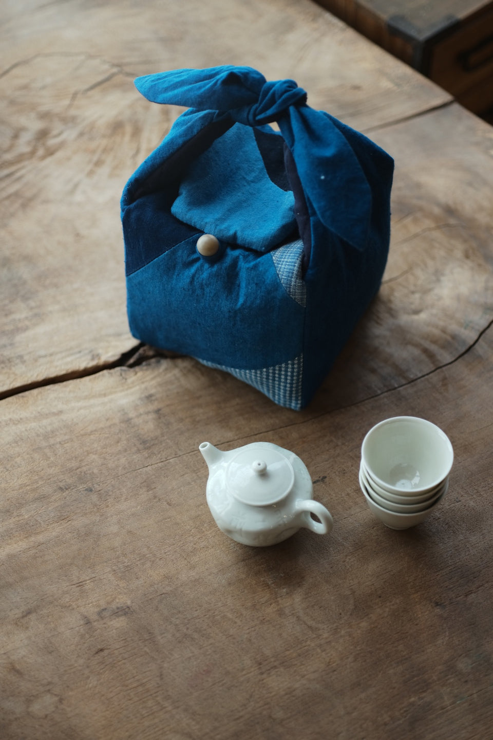 Hand-Woven Patchwork Travel Bag for Teapots and Teacup Set