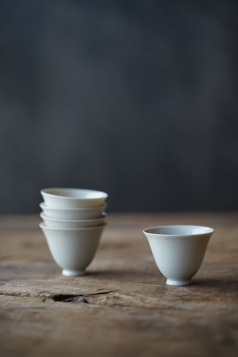 Bell-shaped Ash-fired Glazed Teacup