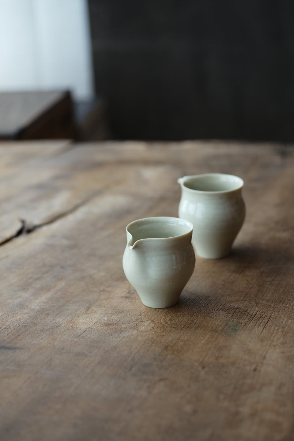 Ash-Fired Off-White Porcelain Gongdaobei Pitcher