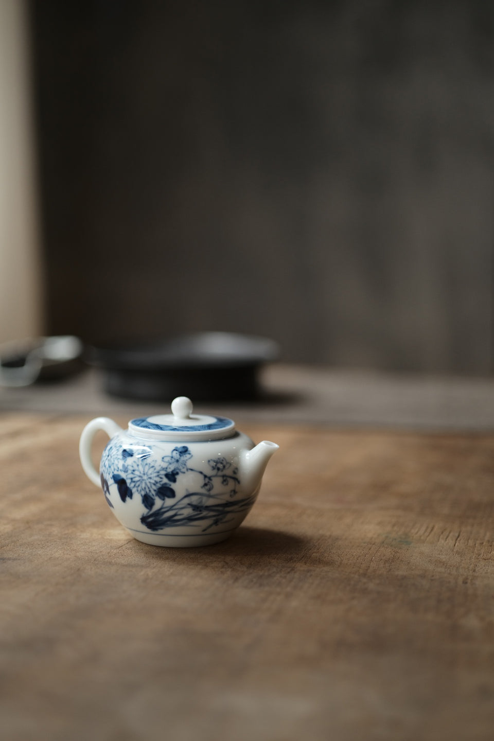 Four Flowers Qinghua Blue and White teapot