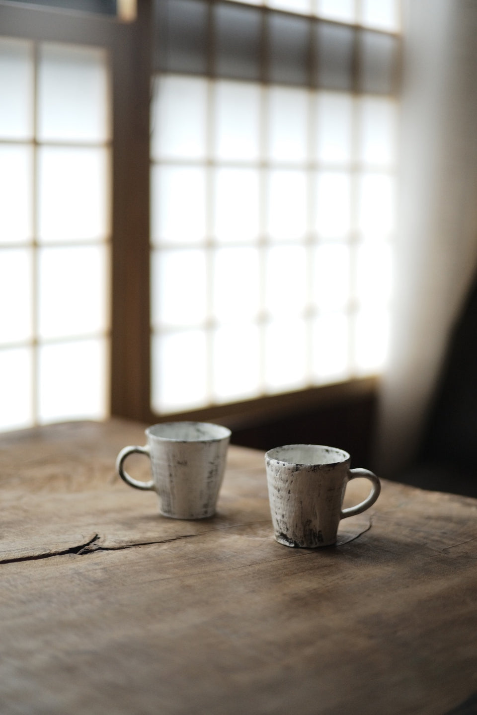 Brushed-Powder Glazed Tea & Coffee Mugs