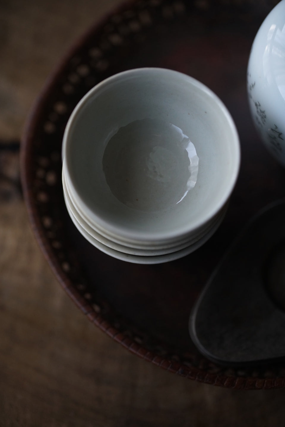 Ash-Fired Off-White Traditional Teacup