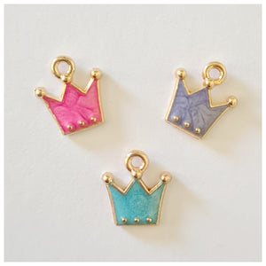 1 x Crown Charm (multiple colour choices)