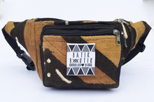 Load image into Gallery viewer, Brown Limited Edition Malian Mudcloth Fannypack/ Bumbag
