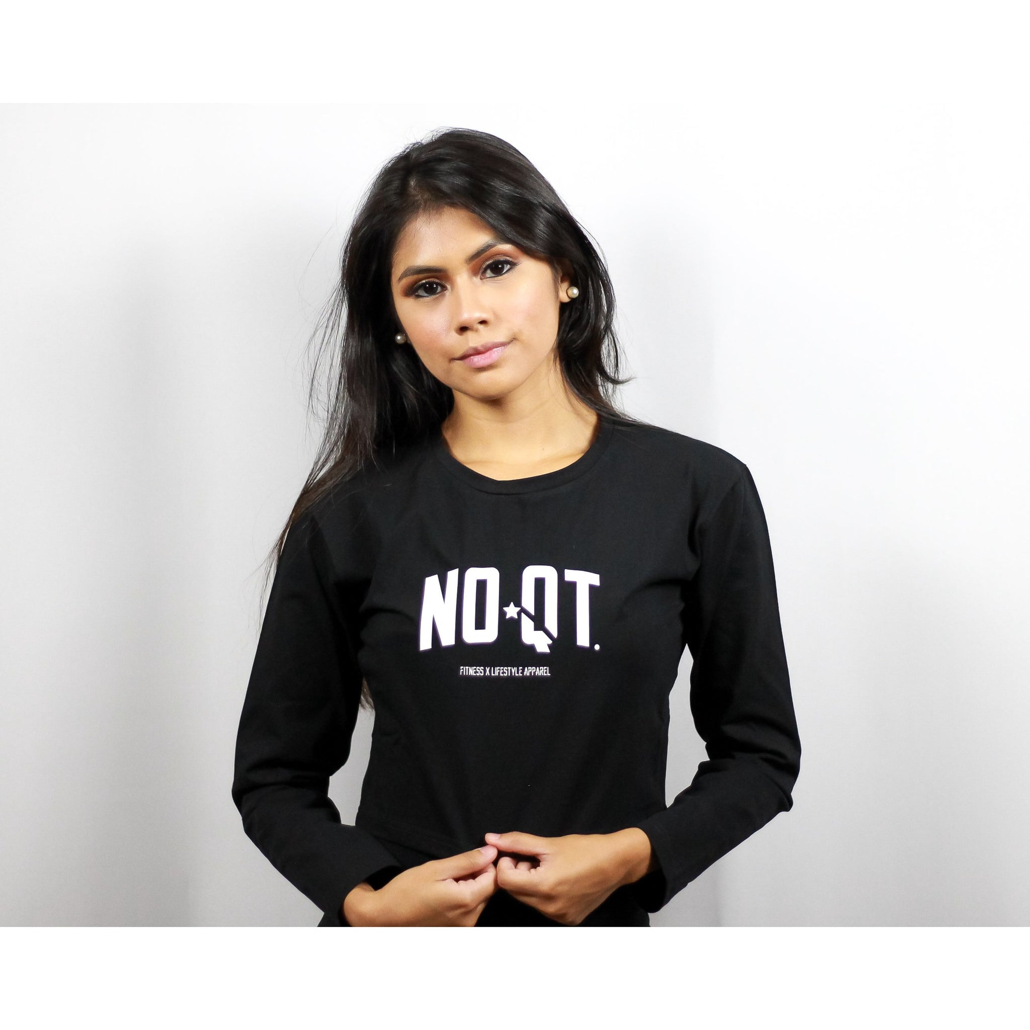 ASPIRE CROPPED LONG SLEEVE -BLACK