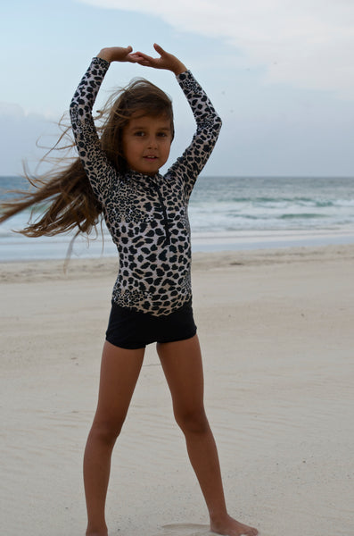 leopard swimsuit, surfing swimsuit, surfing swimwear, swimwear for sports, swimwear for sun protection, swimwear for girls,