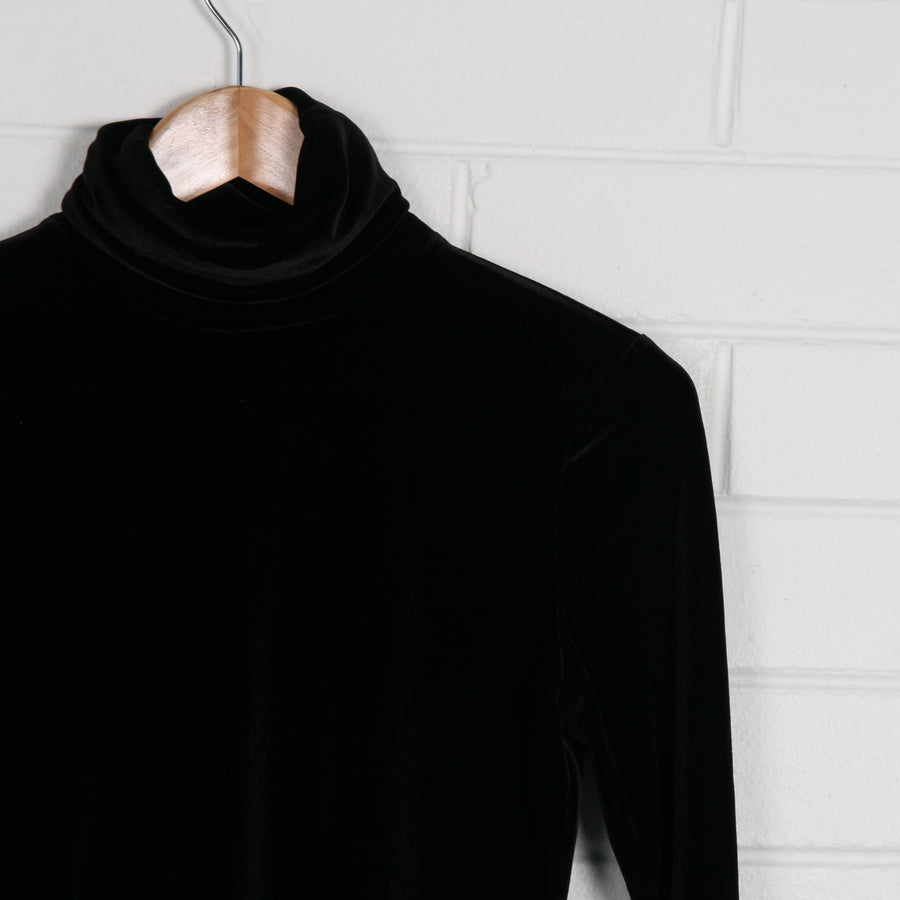 Button Detail Turtleneck Velvet Top