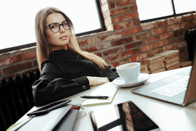 <b>Télétravail ou Working Girl : À Chacune son Business Look</b>