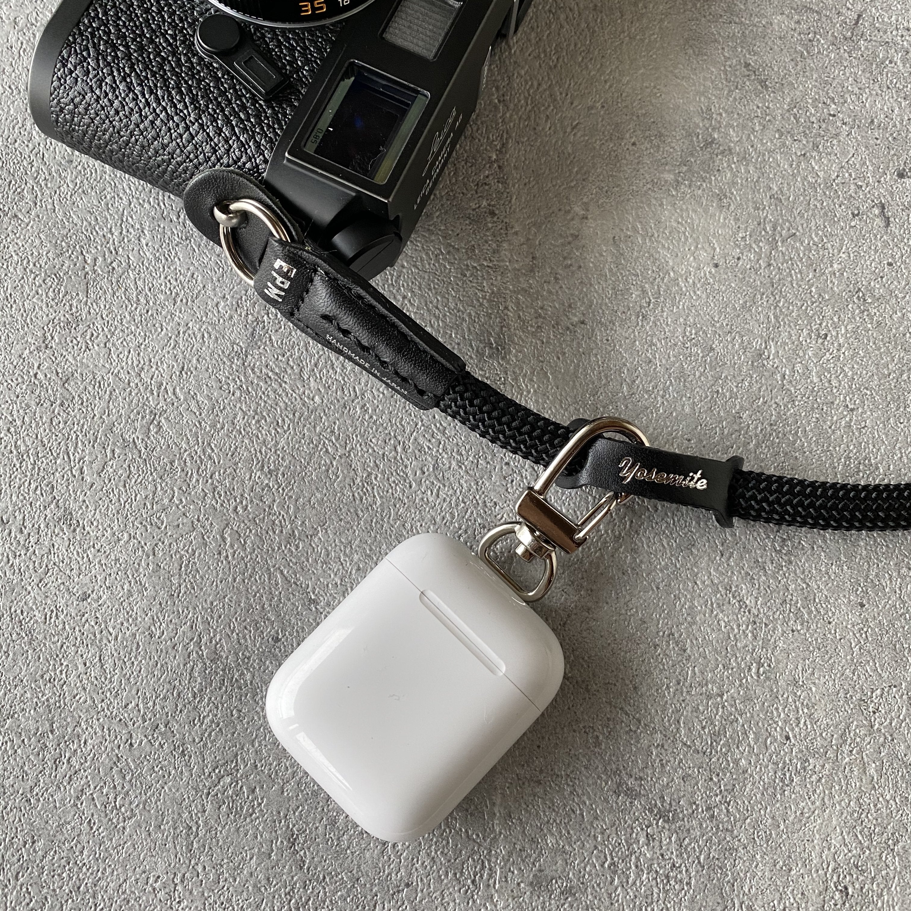 YOSEMITE CAMERA STRAP<br>SNOW MOUNTAIN