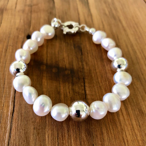 Pearls and sterling silver bracelet