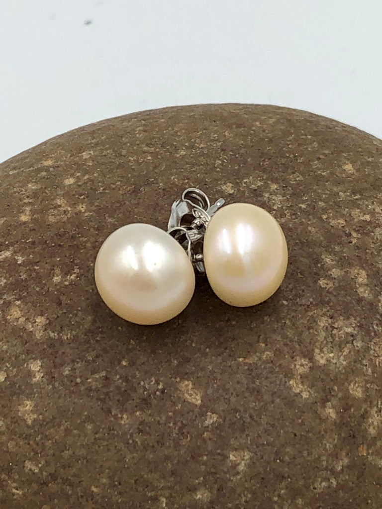 Sterling Silver Stud + Freshwater Pearl