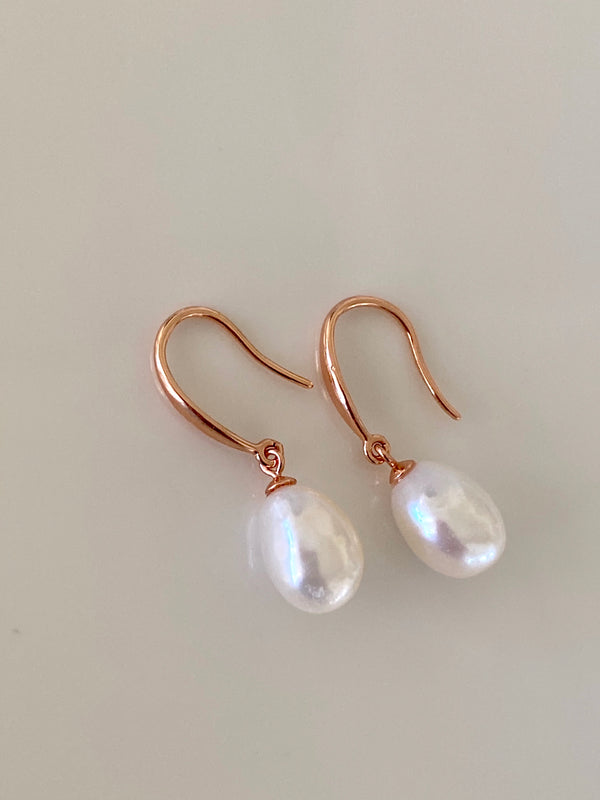 Pearl + Rose Gold Earring