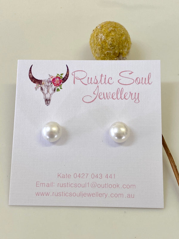 Sterling Silver Stud + Freshwater Pearl 11 -11.5mm