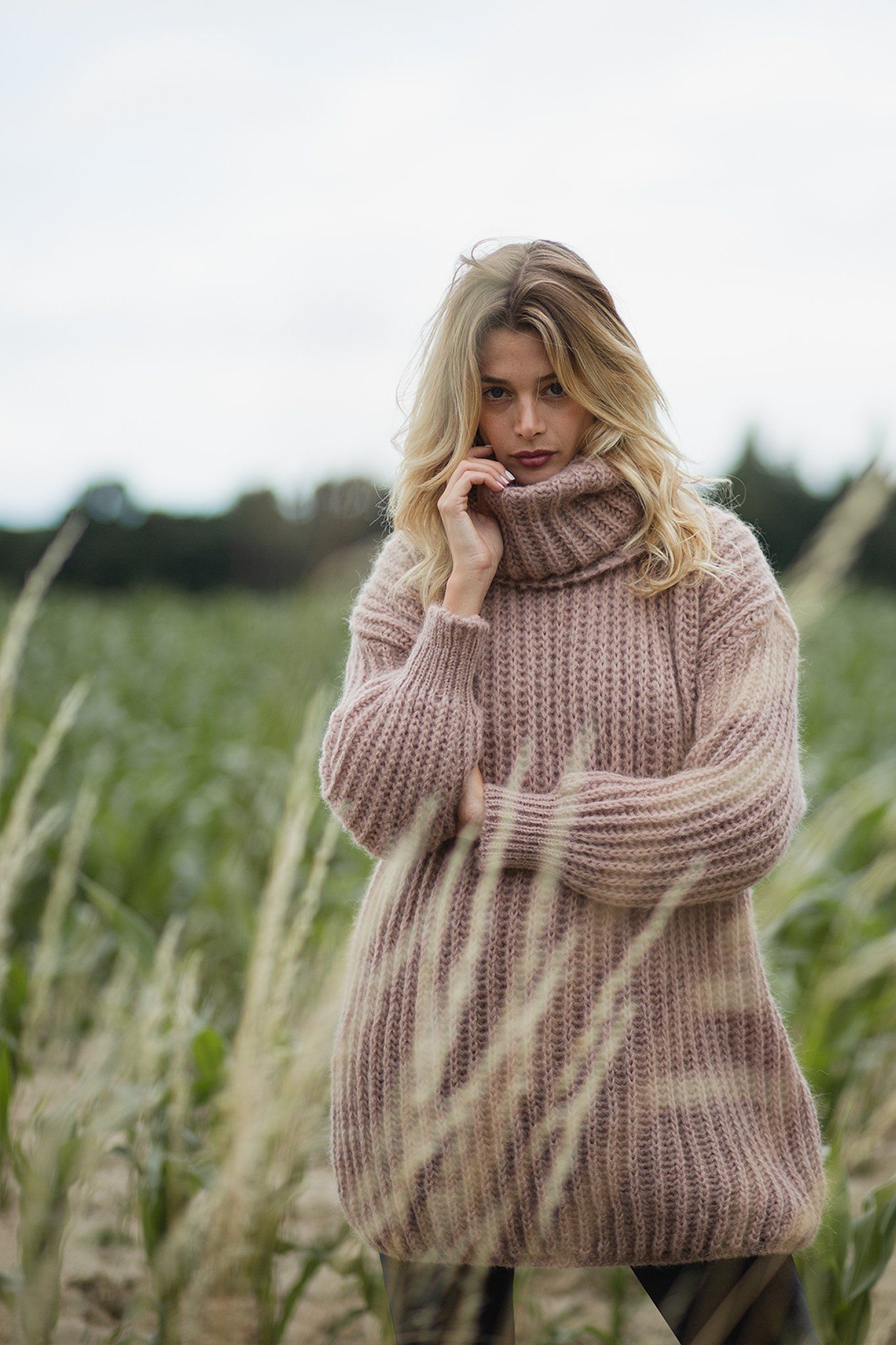 Annette Sweater - Beige, [product_type]- Poppy Field the label
