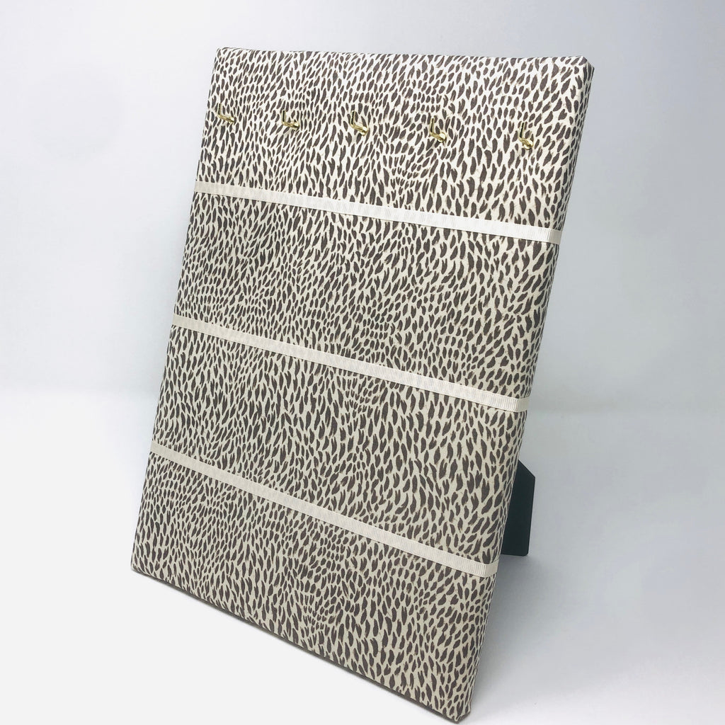 Hook & Hang Jewellery Board - Animal Print / Ivory