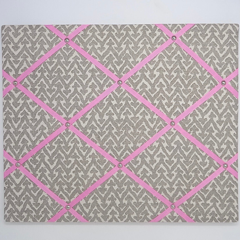 Fermoie Grey Rabanna Ribbon Memo Board / Bubblegum Pink Ribbon