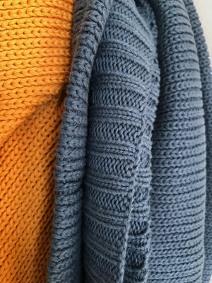 KNITTED ORGANIC COTTON BLANKET DENIM BLUE