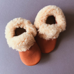 BROWN BEAR BABY MOCCASINS