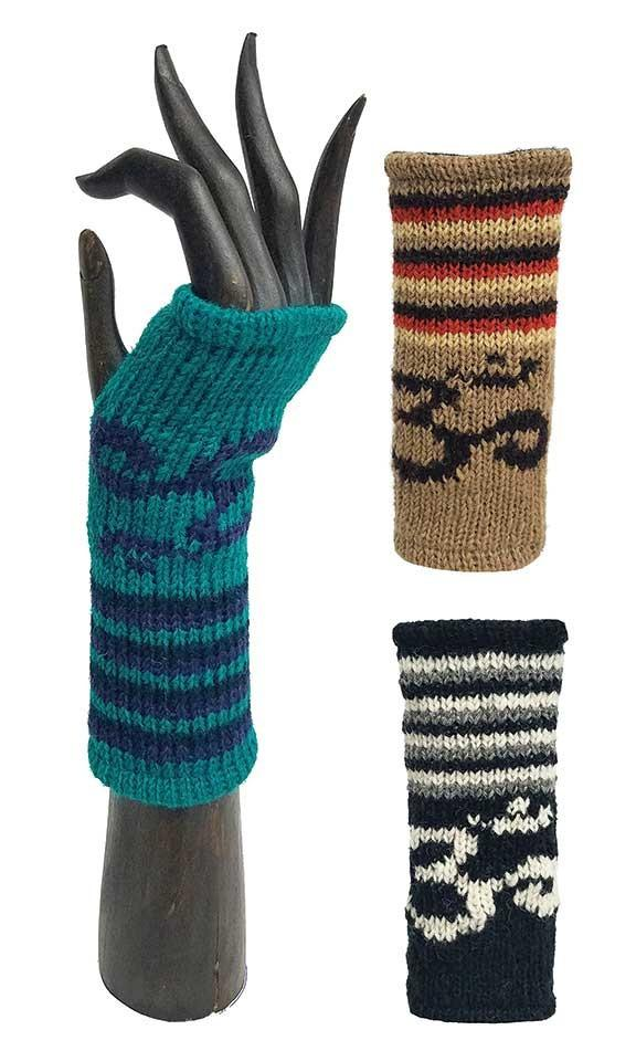 OM STRIPED HANDWARMERS WOOL FLEECE LINED