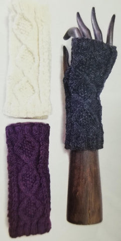 SOLID COLOR TEXTURED KNIT HANDWARMERS