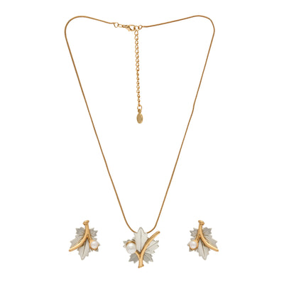 Stylish matt gold and silver plated Maple Leaf pearl Necklace