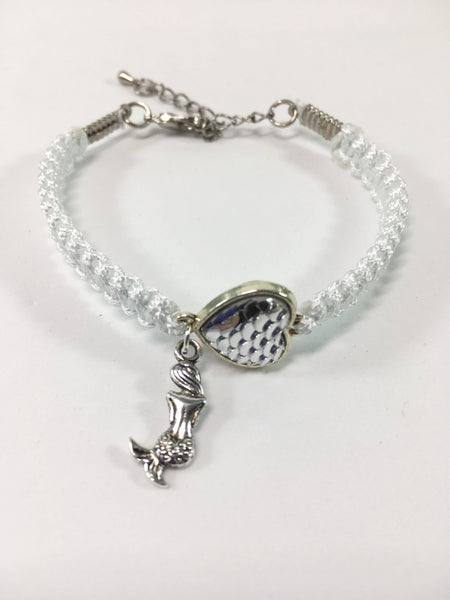 White Macrame Mermaid Bracelet