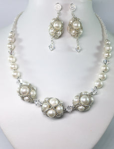 Ivory Shell Pearl Bridal Set