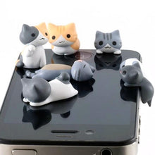 Load image into Gallery viewer, Smartphone Anti-Dust Cat Plugs